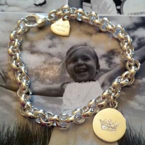 Bettelarmband Silber 1 Plakette graviert  Krone