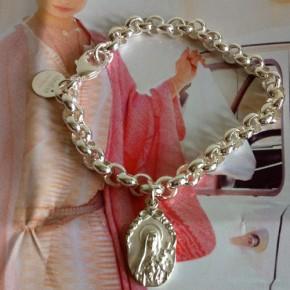 Bettelarmband mit silberner Schutzheiligen, Silber, Taufe, Geburt,