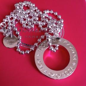 großer Silberring an Kugelkette individuell graviert