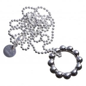 Silberring an Silberkette